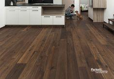 Parkett Dark oak wood floor in the kitchen flooring # oak # kitchen Wooden Flooring, Concrete Floors, Dark Wooden Floor, Dark Smoke, Home Buying, Plank, Sweet Home, House, Kitchen Living
