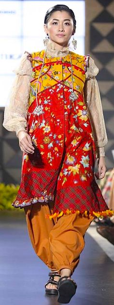 """Kembang Kirana"" for FIMELAFest Batik Fashion Week 2015 Amelia Kartikasar"