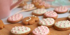 Měkké velikonoční perníčky - Avec Plaisir Holiday Cookies, Food And Drink, Eat, Desserts, Tailgate Desserts, Deserts, Postres, Dessert, Christmas Cookies