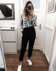50 Amazing Casual Work Attire to Wear This Winter outfits fo. 50 Amazing Casual Work Attire to Wear This Winter outfits for winter comfy Casual Work Attire, Cute Casual Outfits, Casual Ootd, Casual Work Clothes, Casual Office Outfits Women, Black Outfits, Comfy Work Outfit, Summer Business Casual Outfits, Female Outfits