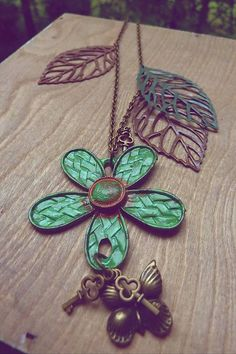 Martinuska / Lesný kvet