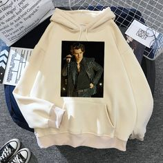 399 Winter Outfits Women, Fall Outfits, Outfit Winter, Universal Studios Outfit, Harry Styles Merch, Hoodies, Sweatshirts, Spring, Ems