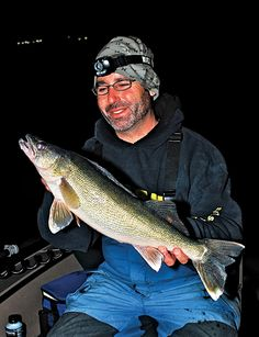 walleye fishing, walleye, walleye night fishing, catching walleye, how to catch walleye