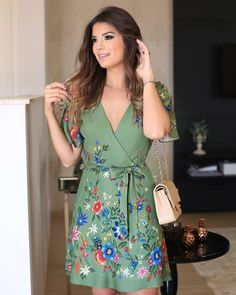 Discover recipes, home ideas, style inspiration and other ideas to try. Simple Dresses, Cute Dresses, Beautiful Dresses, Casual Dresses, Short Dresses, Summer Dresses, Dress Skirt, Dress Up, Dress Outfits