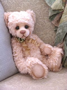Stuffed pink bear .... what a sweet face Repinned by Pinterest Pin Queen ♚