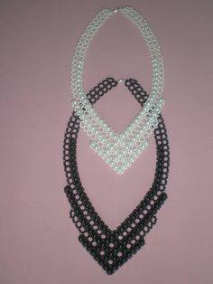 Beaded Jewelry Designs, Bead Jewellery, Beading Projects, Beading Tutorials, Neck Piece, Handmade Beads, Diy Necklace, Bead Weaving, Seed Beads