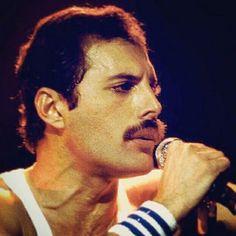 Freddie Mercury. Queen. 1980s.