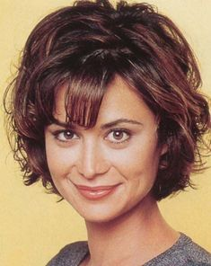 Catherine Bell - Page 455 Katherine Bell, Lisa Bell, Really Short Hair, Hot Brunette, Hairstyles With Bangs, Beautiful Eyes, Beautiful Actresses, Curly Hair Styles, Hair Cuts