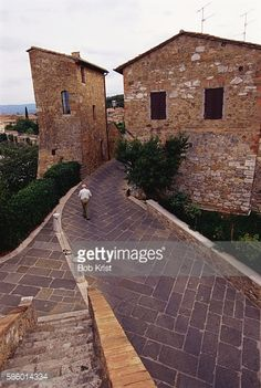 City walls of San Quirico d'Orcia in southern Italy.... #campigliadorcia: City walls of San Quirico d'Orcia in southern… #campigliadorcia