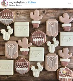 Obsessed with these. Fancy Cookies, Iced Cookies, Cut Out Cookies, Cute Cookies, Royal Icing Cookies, Cupcake Cookies, Sugar Cookies, Cupcakes, Bolacha Cookies