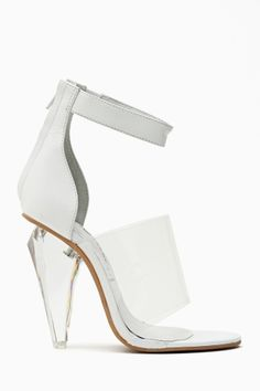 Fashion | Shoes | AllThingsWHITE | RosamariaGFrangini || White