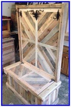 Pallet wood entryway bench or hall tree pallet creations, diy pallet projects, project yourself Pallet Crafts, Diy Pallet Projects, Woodworking Projects, Diy Crafts, Pallet Ideas, Teds Woodworking, Woodworking Machinery, Woodworking Classes, Wood Ideas