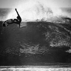 #surf #surfer #surfing #surfergirl #extreme #blackandwhite #ingravidos