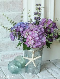 Hydrangeas in a Galvanized Pail + more creative and easy ways to arrange hydrangeas