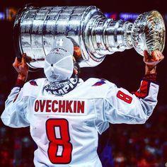 The Washington Capitals are at long last Stanley Cup Champions! The drought is over! Caps Hockey, Ice Hockey, Hockey Mom, Baseball Boys, Hockey Girls, Stanley Cup Trophy, Washington Capitals Hockey, Washington Capitals Stanley Cup