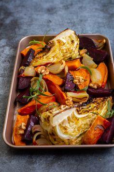 Ugnsbakade grönsaker Vegan, Japchae, Main Dishes, Cabbage, Food And Drink, Lunch, Vegetables, Ethnic Recipes, Bakken