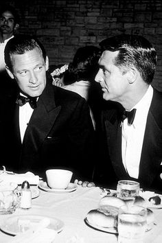 William Holden and Cary Grant. OMG, throw Gregory Peck into that and it'd be a trifecta of masculine perfection.