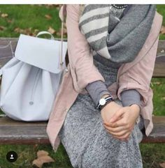 Smart hijabi items you need them in winter – Just Trendy Girls