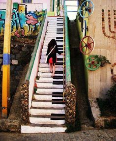 piano stairs - Valparaíso, Chile