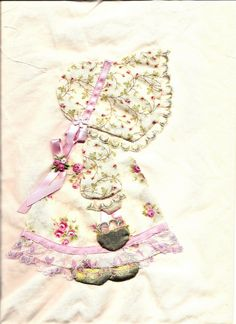 Lace 'n' Ribbon Roses: Quilts