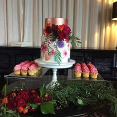Wedding cake|