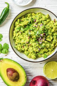 Easy and healthy guacamole recipe | More refreshing avocado  party appetizers on blog.hellofresh.com
