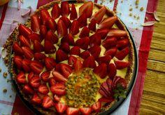 Sweet & Spice: tarta cu mascarpone si crema de lamaie..patata cu ... Sweet Spice, Spices, Strawberry, Food, Potatoes, Mascarpone, Pie, Spice, Essen