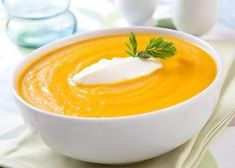 Organic Carrot Ginger Soup Recipe: Caramelized onions and chicken stock add deep flavor to this simple soup without overwhelming the delicate carrots. Serve chilled or at room temperature for a great springtime starter. Ginger Soup Recipe, Carrot Ginger Soup, Appetizer Recipes, Soup Recipes, Hemp Recipe, Clean Eating Recipes, Healthy Recipes, Healthy Eating, Detox Soup