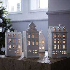 photophores maison - idée déco noel http://www.zodio.fr/idees-deco/noel-cristal-24/piece/le-salon.html