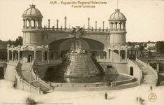 Exposición Regional Valenciana (1ª. 1909. València)   Fuente luminosa [Material gráfico] / Exposición Regional Valenciana. — Barcelona : Thomas, [s.a.]  1 fot. (tarjeta postal) ; 9 X 14 cm. — (41B)