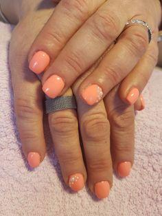 Unhas de gel com pérolas My Nails, Beauty, Gel Nail, Beauty Illustration
