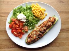Superenkelt og sunt middagstips   fylte grønnsaker med kjøttfyll