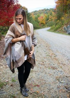 The Perfect Poncho For a Fall Mountain Trip Fall Outfits, Fashion Outfits, Fashion Tips, Neutral, Hipster, Style, Fashion Hacks, Swag, Fashion Suits