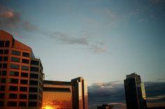The Seattle Skyline. http://www.diannetanner.co.uk/skyline/?utm_content=buffer18615&utm_medium=social&utm_source=pinterest.com&utm_campaign=buffer #35mm #DTUSA