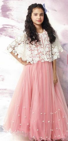 Source by sunitamakkar Frocks For Girls, Kids Frocks, Dresses Kids Girl, Girl Outfits, Anarkali Dress, Pakistani Dresses, Indian Dresses, Kids Indian Wear, Girls Frock Design