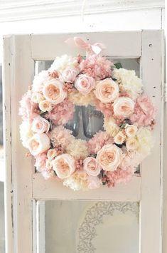 Kranz Diy Wreath, Door Wreaths, Flower Circle, Summer Wreath, Making Ideas, Paper Flowers, Floral Arrangements, Beautiful Flowers, Decoration