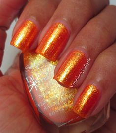 Sally Hansen Moonlit Dance:  C'est L'Halloween!