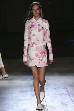 Victoria Beckham 2015 RTW – Runway – Vogue