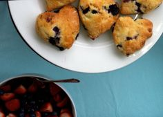 {for kel's bridal tea party}  These scones r so cute they melt my heart! (great find, mom!)