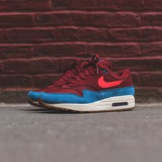 2340a619b048 Nike Air Max 1 - Team Red   Orbit Green   Abyss White Shoe Photography