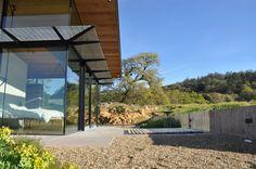 Alan Nicholson Design Studio Creates a Contemporary Home in California for a Retired Couple