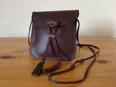 Hobo Festival Chic Oiled Genuine Leather Cross Body/ Messenger Bag Small 1311