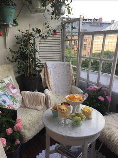 Susanne Arvidssons konst. Tagit av Romantiskahem på Instagram