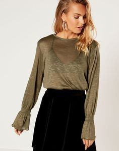 Shop and buy the latest in women's fashion and clothing online at Glassons.com. Check out this Cinched Sleeve Top - A longsleeve, lightweight top featuring statement, cinced sleeves, pair with denim for an everyday style!.