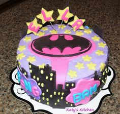 Katy's Kitchen: Batgirl Cake