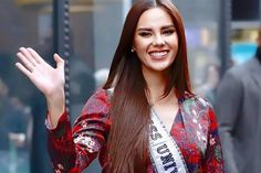 Beauty pageants, communities, passions and more on Catriona Gray's Day 2 of USA Media Tour Grey Fashion, Fashion Models, Filipina Beauty, Candy Art, Baddie Hairstyles, Beauty Pageant, Beauty Queens, Most Beautiful Women, Pretty Woman