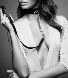Model wearing Bijoux Indiscrets Maze Choker with Leash