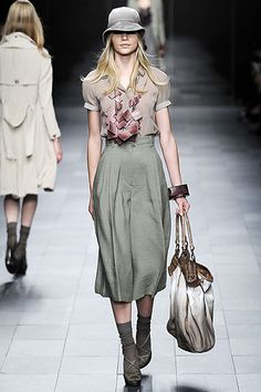 Burberry Prorsum Spring 2009 Ready-to-Wear Collection Slideshow on Style.com