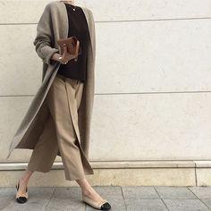 Style Outfits Classic Womens Fashion 68 Ideas For 2019 Office Fashion, Work Fashion, Modest Fashion, Trendy Fashion, Style Fashion, 50 Fashion, Timeless Fashion, Fashion Styles, Fashion Rings