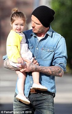 We take a look at Harper Beckham's best ensembles | Daily Mail Online